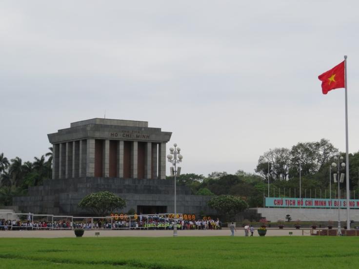 Ho-Chi-Minh-Mausoleum_Hanoi