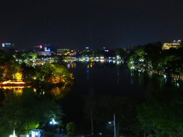Hoan-Kiem-See_Nacht